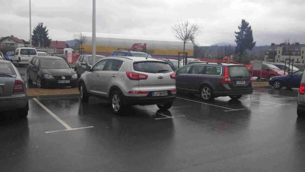 58b1ccfd2204d_parkingzaMS(Large).thumb.jpg.396dda28e7599767e06fb6fdc57c5690.jpg